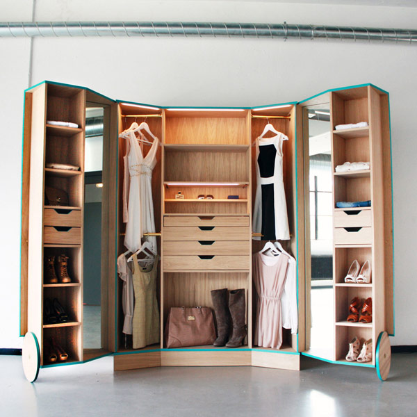 Collect This Idea Cleverly Design Walk In Closet Showcasing Practicability And Style