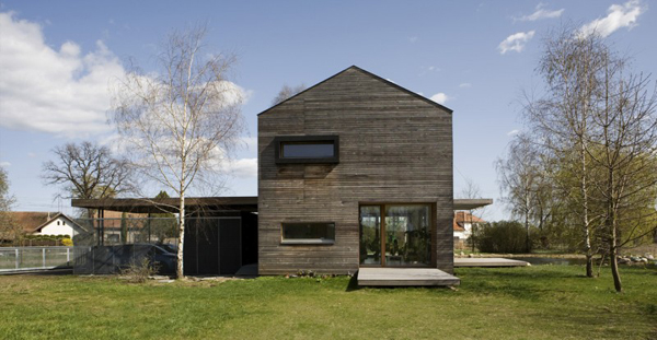 Rustic House With Natural Framework in Czech Republic