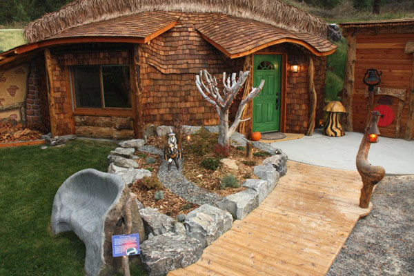 Perfect-Hobbit-House-lg