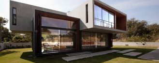 Inspired by Adventure: Modern W House in Thailand