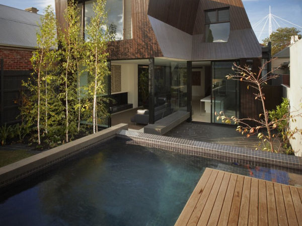 Modern Extension of a Heritage Residence in Melbourne: The Enclave House