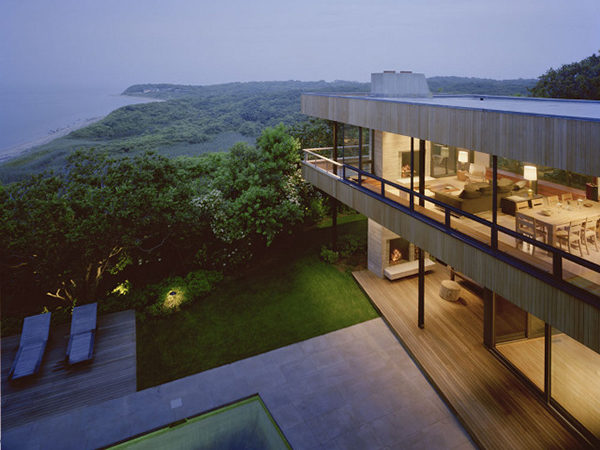 Volumetric Home With Incredible View Inspiring Serenity