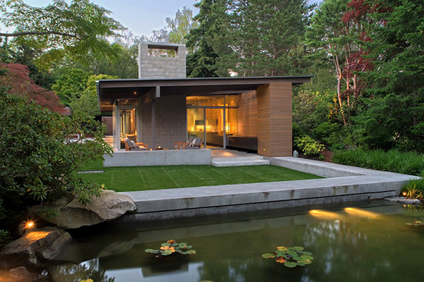 Relaxing Home With Enchanting Natural Details in Washington