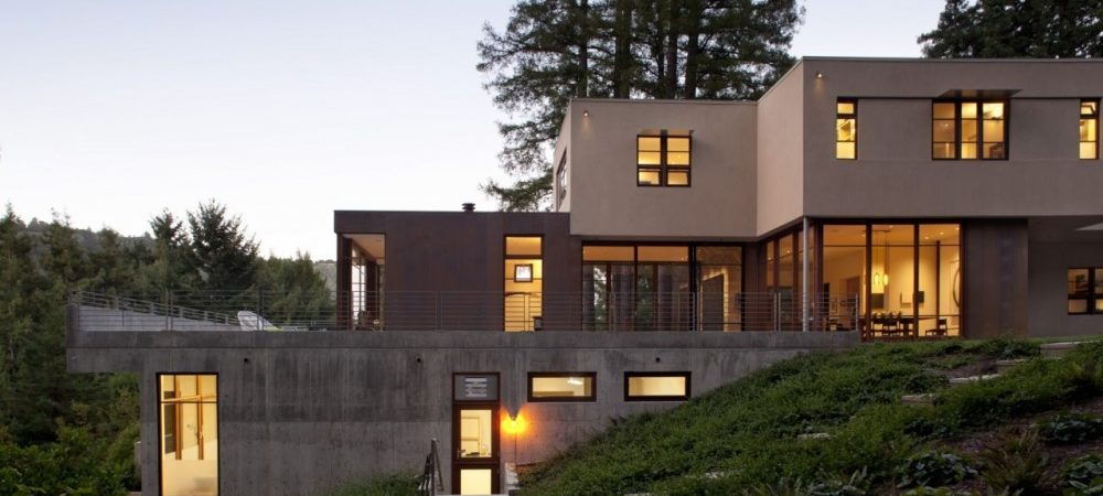 Neat Stratified House Inspired By The Site's Tranquility