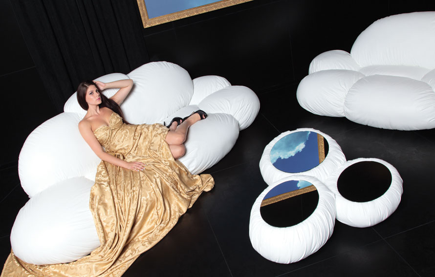 Ordinaire A Good Companion For Daydreaming: The CIRRUS Cloud Shaped Sofa