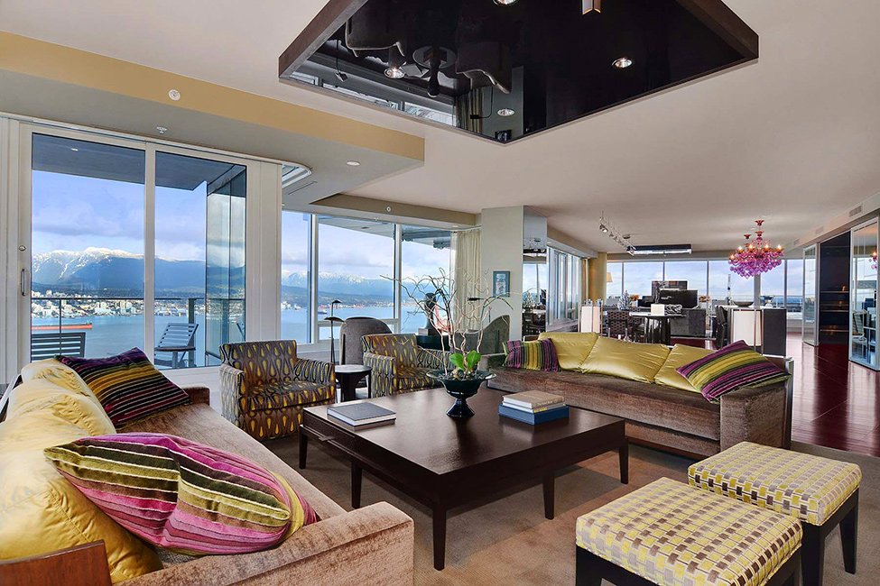 Luxury Penthouse In Vancouver With Stunning Panoramic