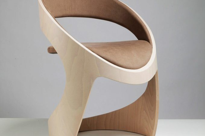 Customizable Modern Elegance: Tube Chairs From Martz Edition