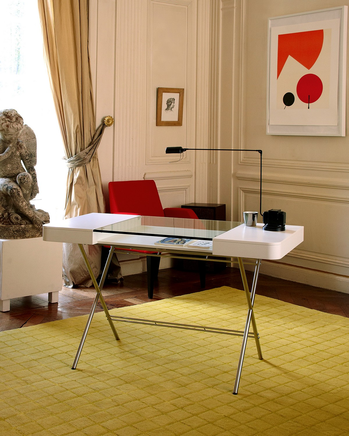 Focal Point For Contemporary Home Offices Cosimo Desk Freshomecom