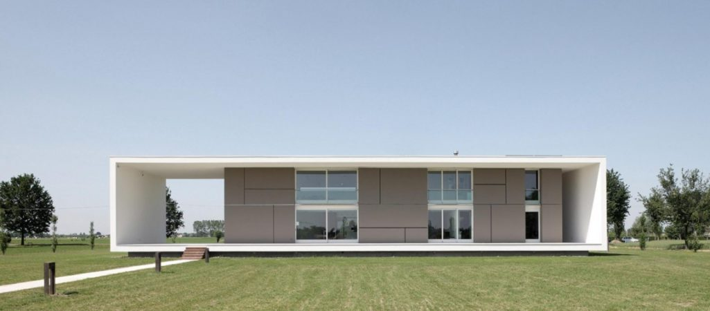 Contemporary Monolithic House With a Frame by Andrea Oliva Architetto