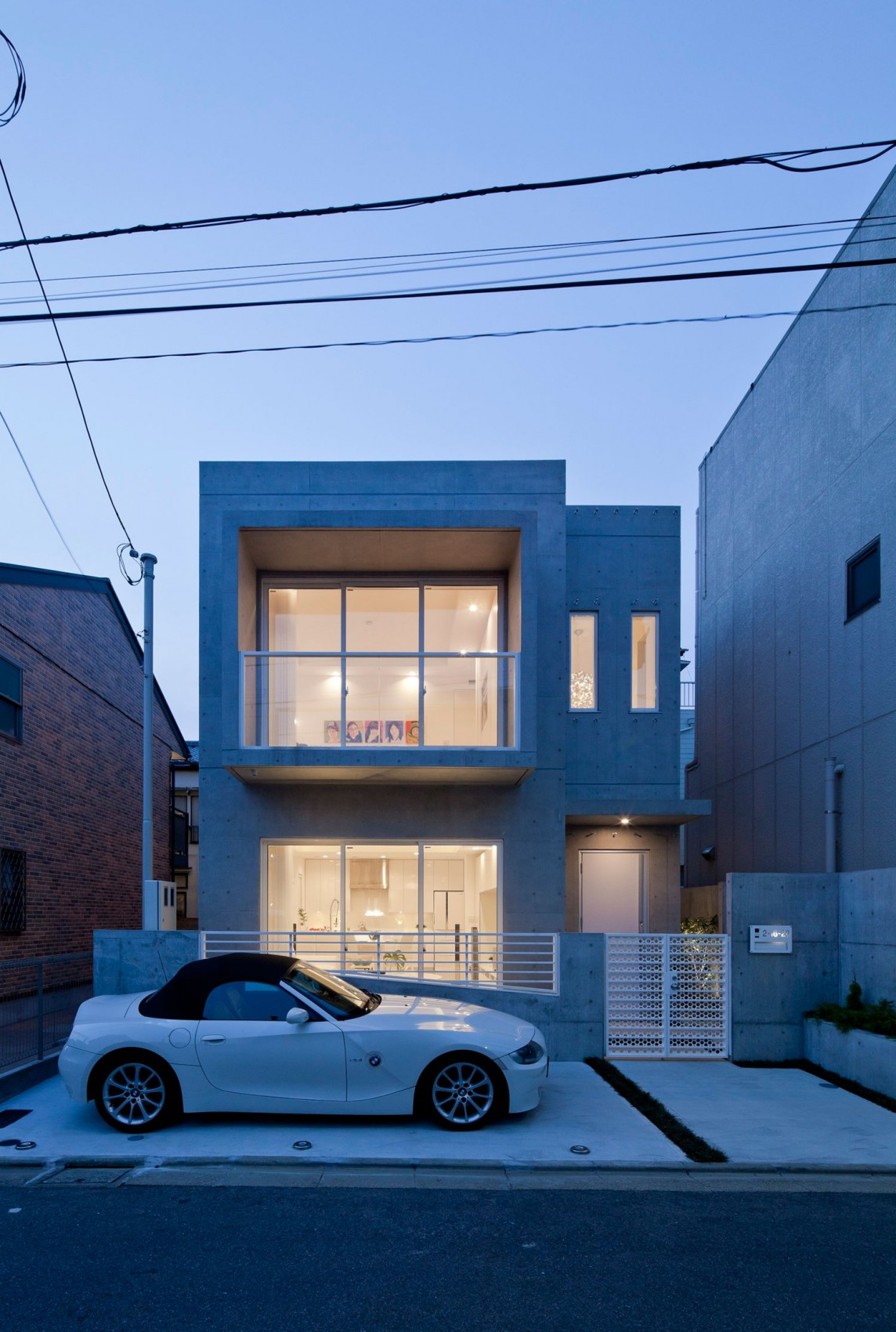 Concrete house in tokyo collect this idea night view