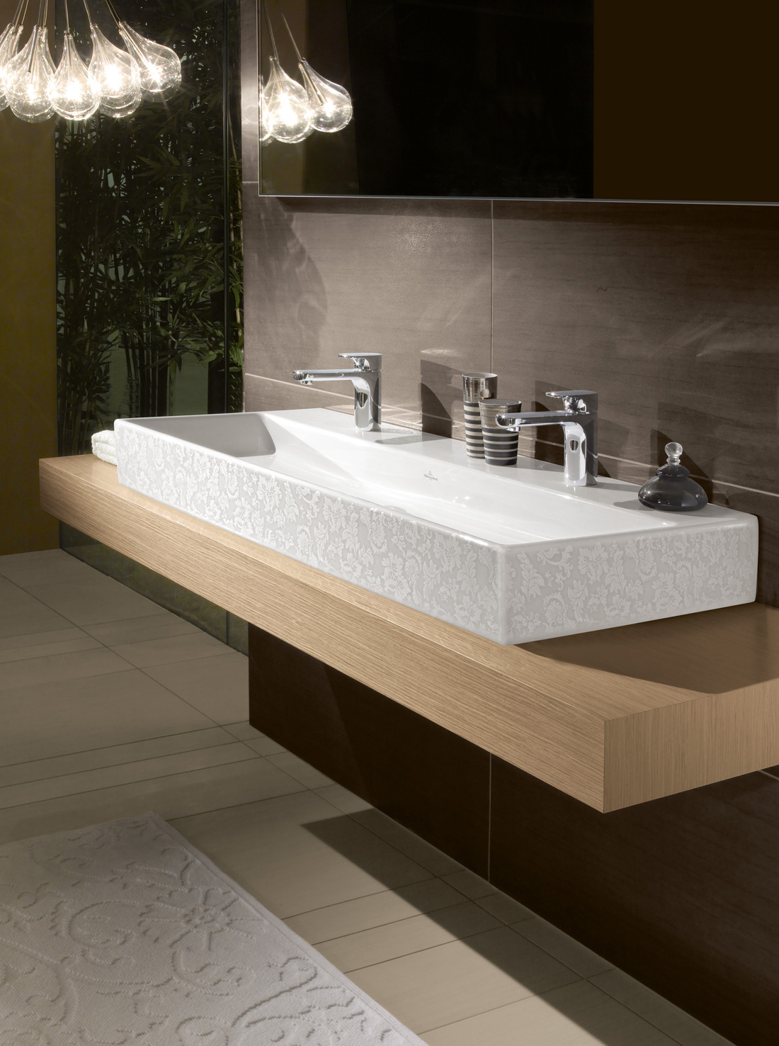 Sleek Bathroom Collection Focusing on the Essential: Memento By ...
