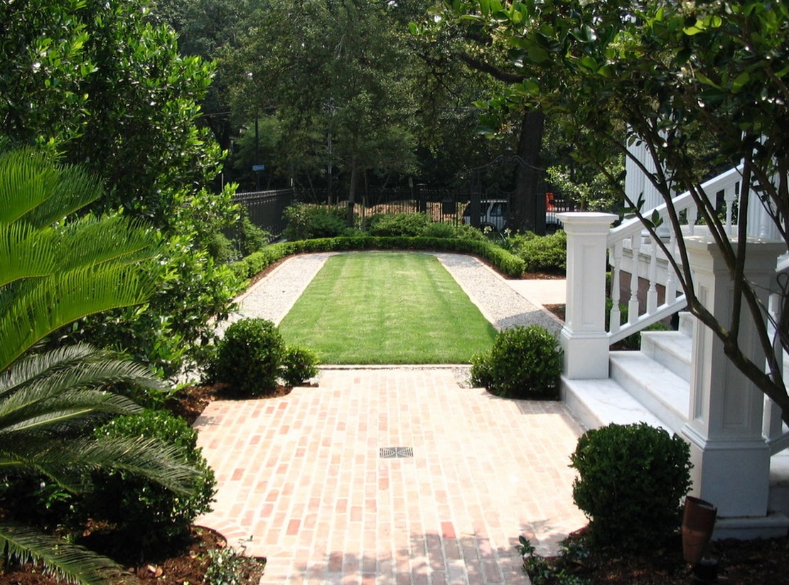 exterior ideas small lawn hardscape