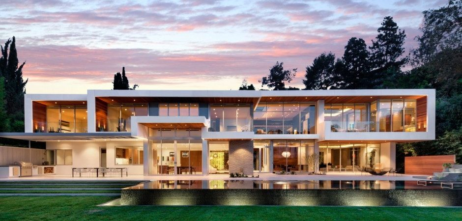 A Sense of Boldness and Luxury: The 1232 Sunset Plaza in California