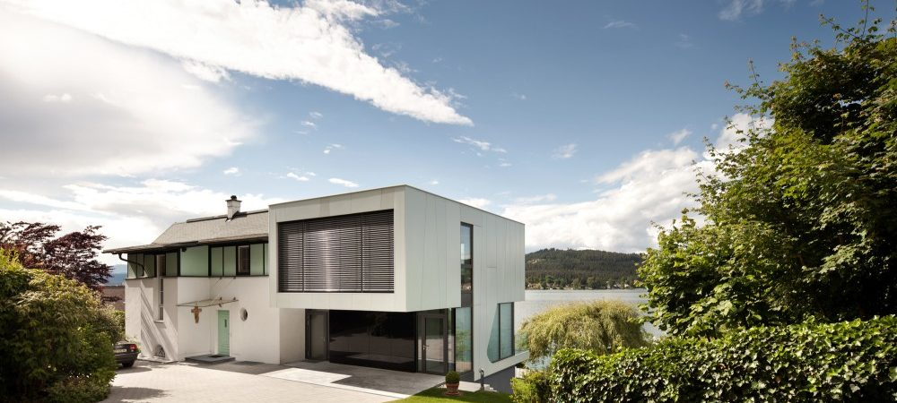 House by the Lake Incorporating Modern Elements of Design in Austria