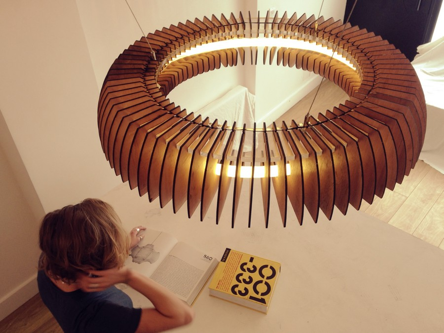 Sculptural Lighting With Dazzling Visual Effects By Cameron