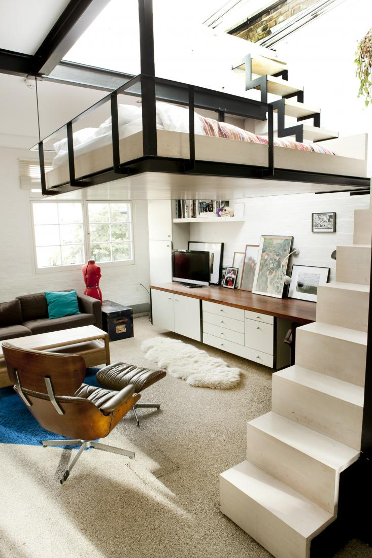 Stylish london home with a suspended bedroom 4