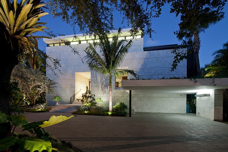 Fantastic Ravishing Luxury Home In Coral Gables Overlooking The Download Free Architecture Designs Sospemadebymaigaardcom