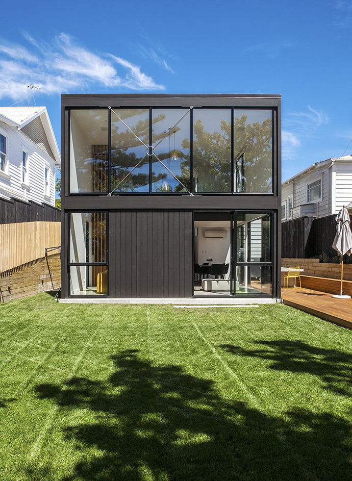 Daring Black Box Extension to a Heritage Worker's Cottage in New Zealand