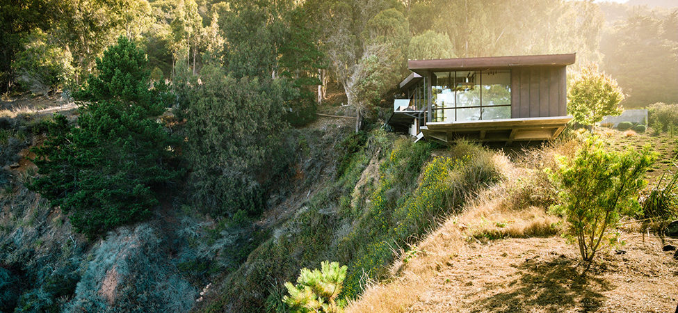 Exquisitely Shaped by a Dramatic Landscape: Fall House in Big Sur, California