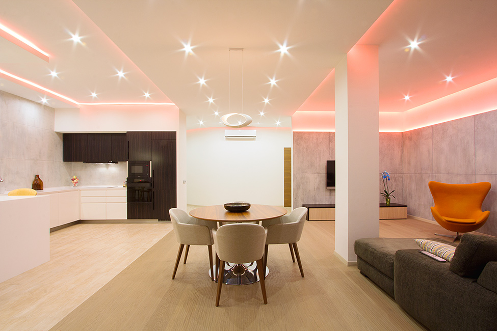 Changing the Mood of a Studio Apartment Through RGB Lighting ...