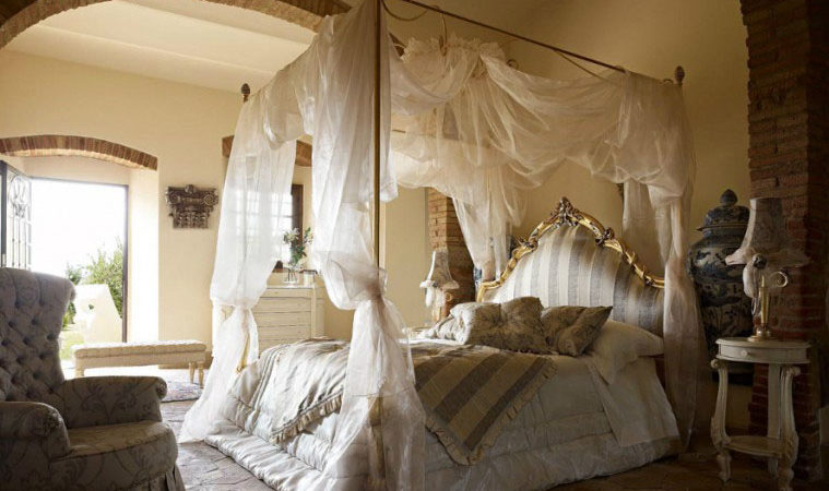 40 Stunning Bedrooms Flaunting Decorative Canopy Beds