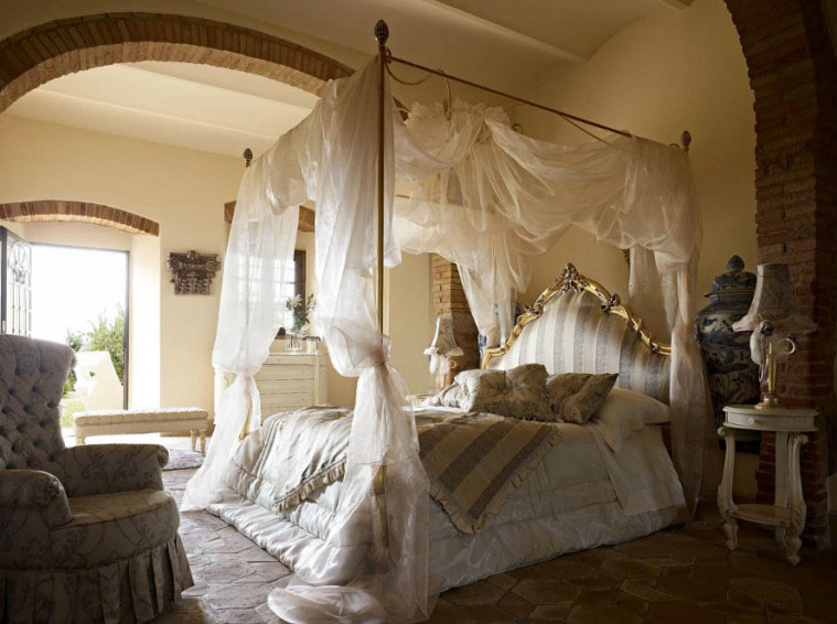 How To Use A Four Poster Bed Canopy To Good Effect: Canopy Beds: 40 Stunning Bedrooms