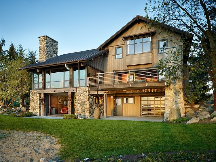 Seaside House With Rustic Elements In Washington By Graham Baba