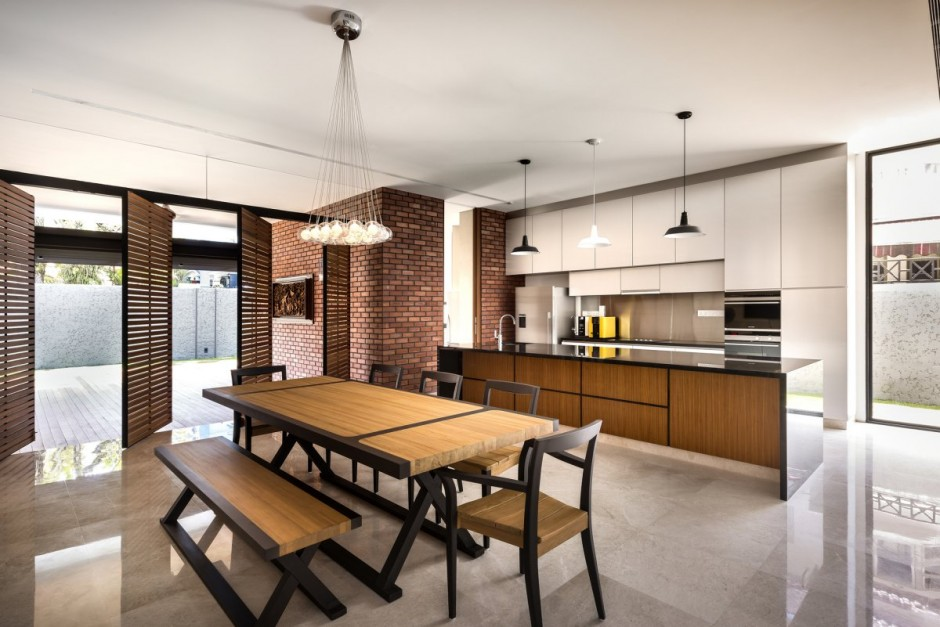 Contemporary Home Evoking A Warm Rustic Feel Mimosa Road In