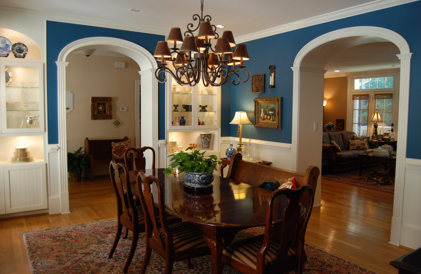 Color Dining Room