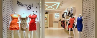 Feminine and Enveloping: Fashion Boutique in Singapore by KNQ Associates