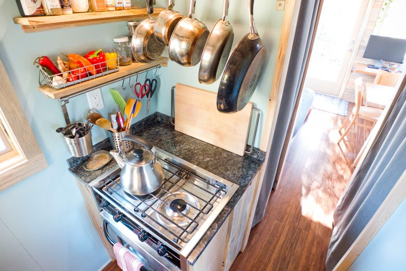 Small Tiny House Kitchens Kitchen Appliances Tips And Review