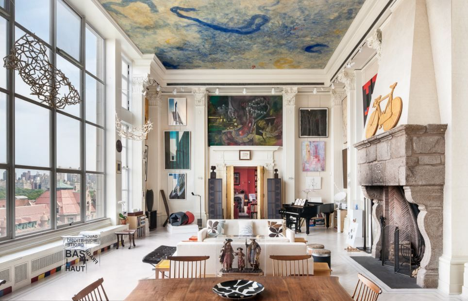 New york loft adorned by fascinating art collection worth - Interior decoration new york ...