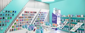 Colorful Smartphone Store Design in Valencia, Spain