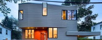 Warmth and Elegance Displayed by Sustainable Prefab House in Princeton [Video]