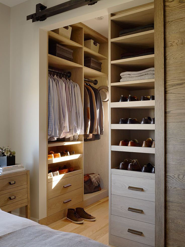 Walk-in Closet for Men - Masculine closet design (19)