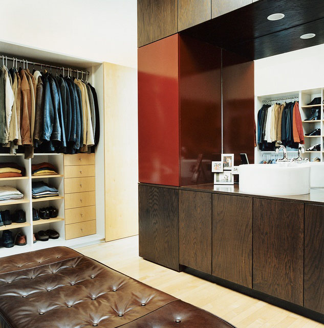 Walk-in Closet for Men - Masculine closet design (21)