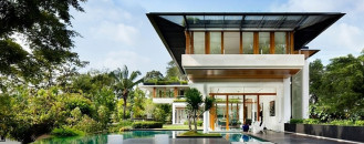 Tropical Bungalow-Inspired Residence in Singapore by Guz Architects