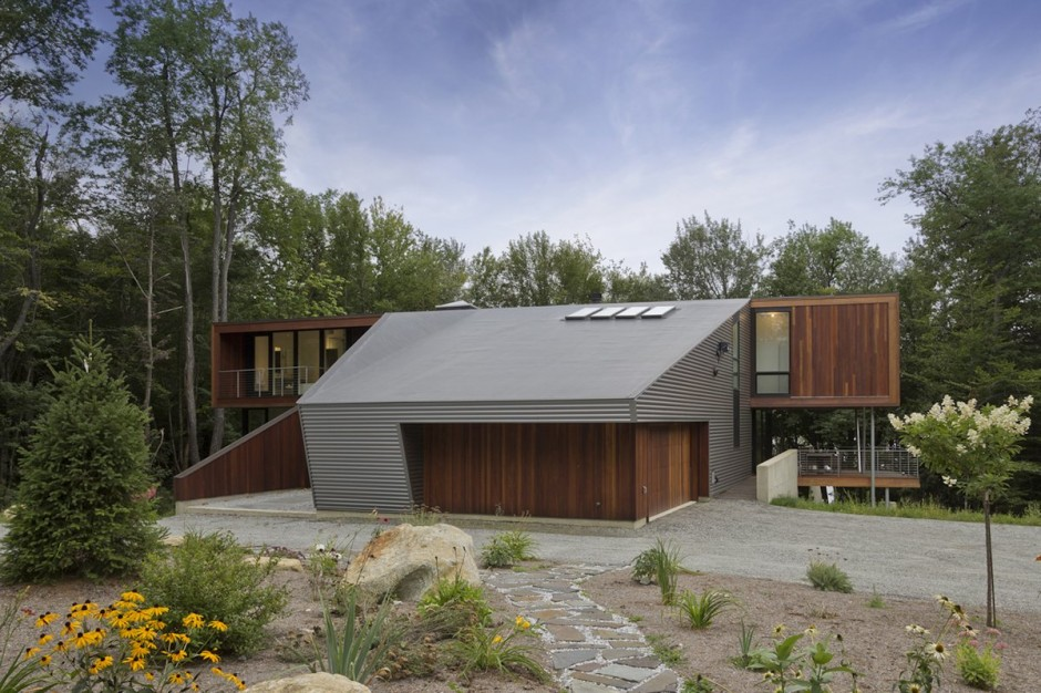 Weekend Family Home Incorporating Green Features by David Jay Weiner