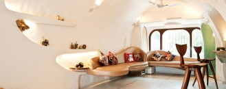 The Organic House Abounding With Personality in Mumbai, India
