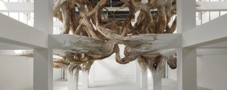 Beams Flourishing Into Branches: Henrique Oliveira 's Baitogogo