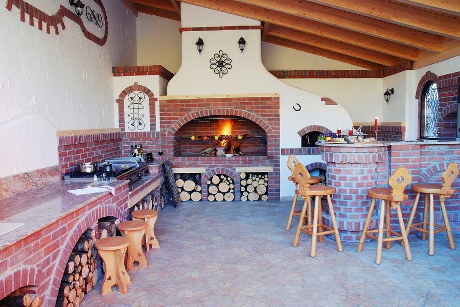 12 Delightful Rustic Summer Kitchens Provoking Your Senses ... on kitchen ideas for old homes, kitchen ideas for small spaces, kitchen ideas for thanksgiving, kitchen ideas for studio, kitchen ideas for small kitchens,