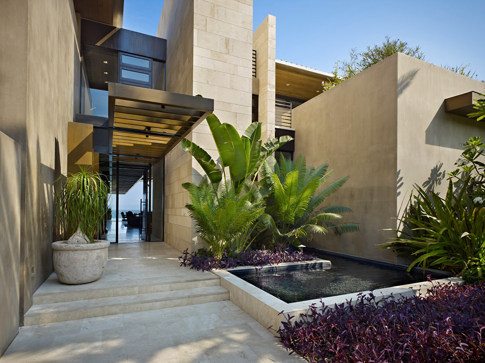 Luxurious Mexico Residence With Multiple Outdoor Living Spaces