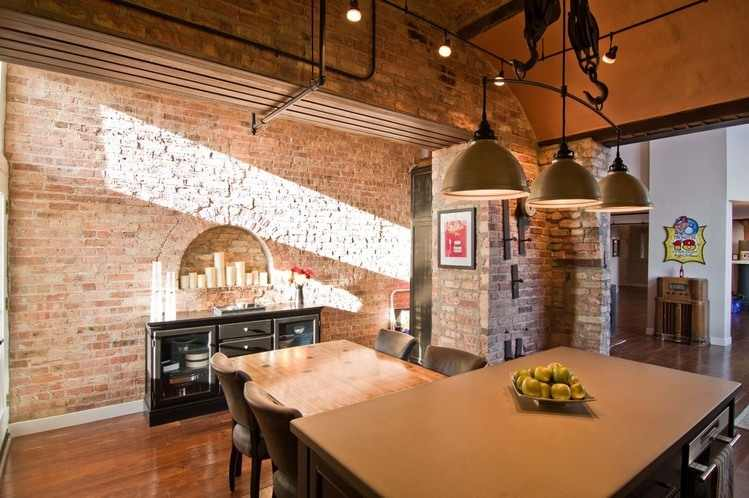 Striking Chicago Loft Artistically Displaying The Owner S Guitar