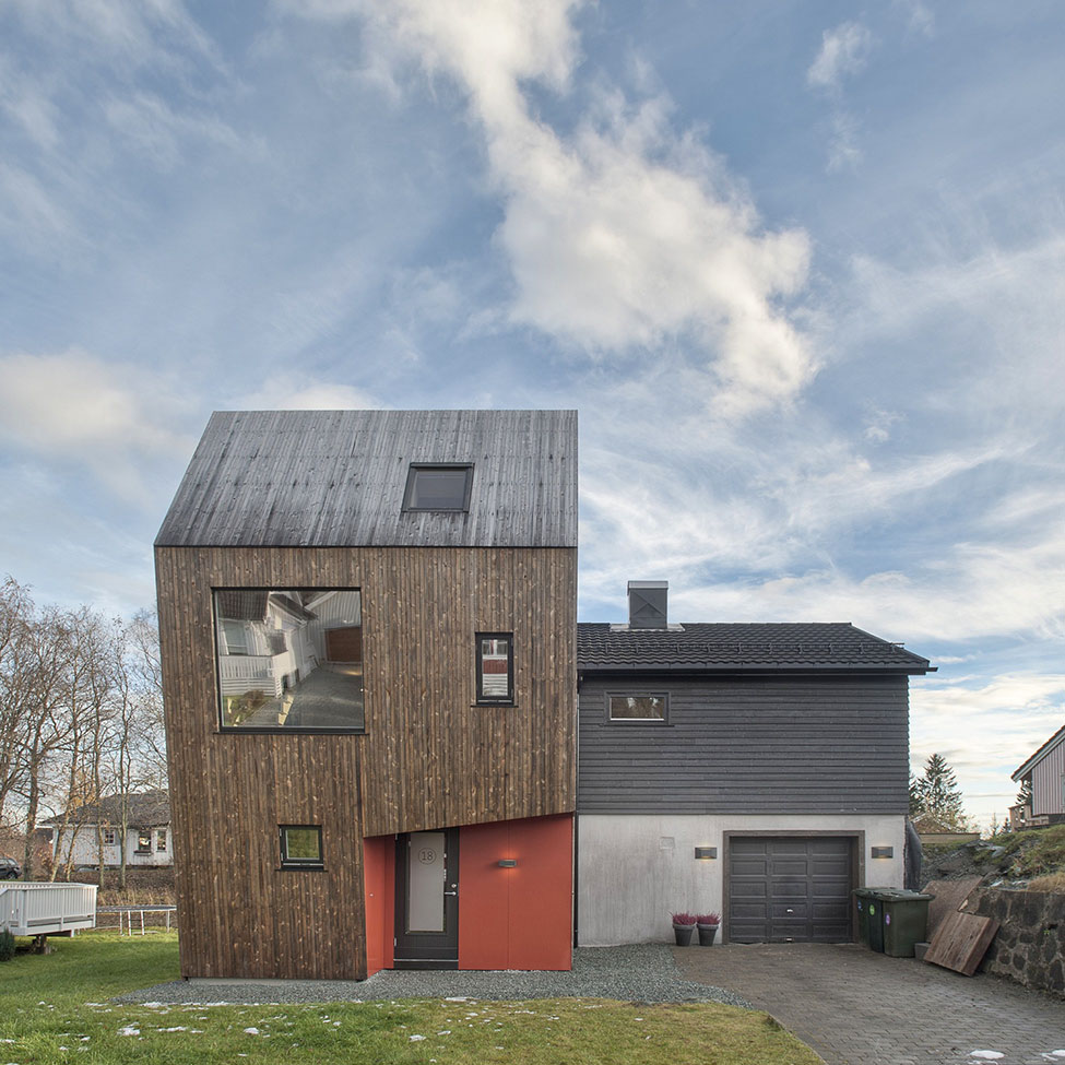 Modern House: Asymmetric Modern House In Norway For A Family Of Four