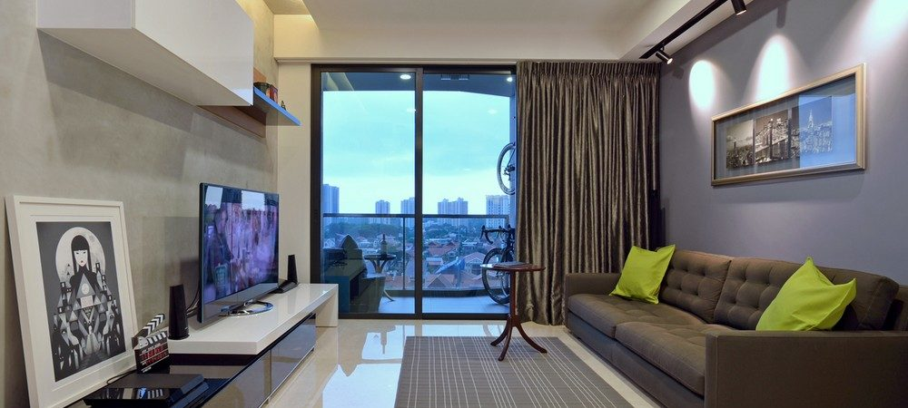 Minimalist Apartment in Singapore with Extensive City Views by KNQ Associates