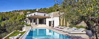 Casual Luxury Exuded by Spacious Villa in Puerto de Andratx, Spain