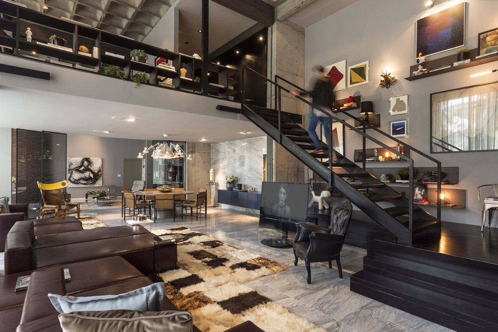 Perfect Merger Between Art And Design Contemporary Apartment In Brazil