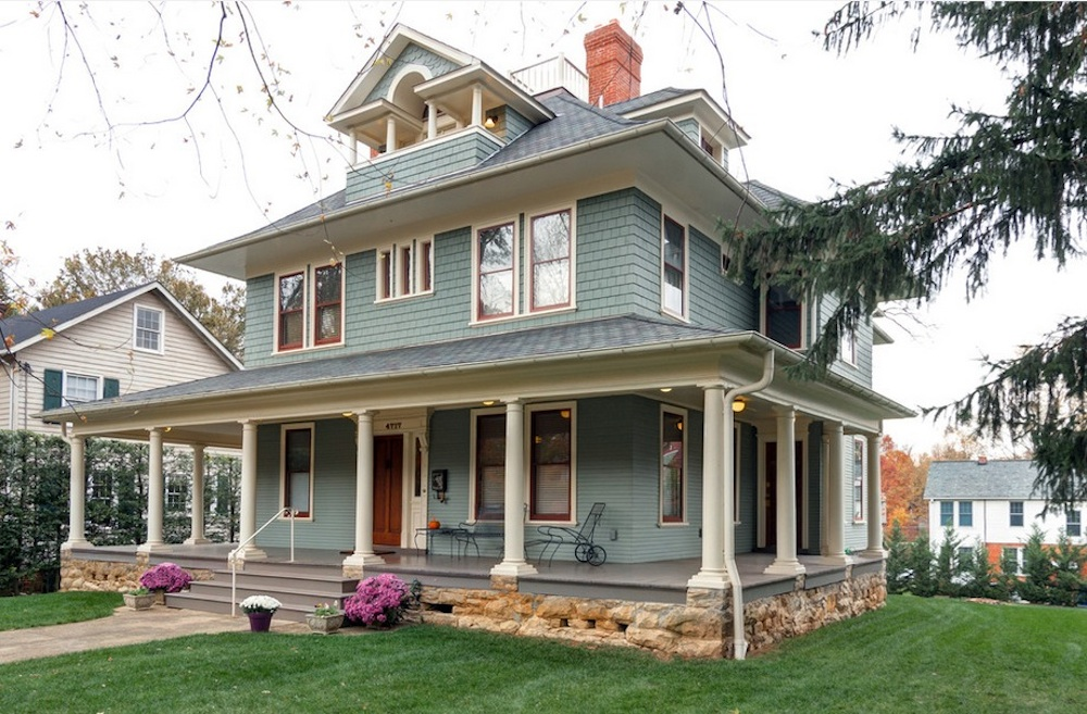 Figure out whether you prefer the charm of an older home or the sleekness of a newer model. Image Via: Elise Moore Design