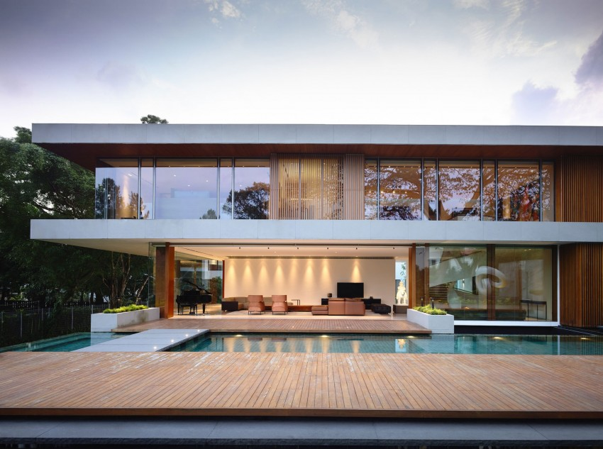 Modern Residence With A Luminous Character In Singapore 65btp House