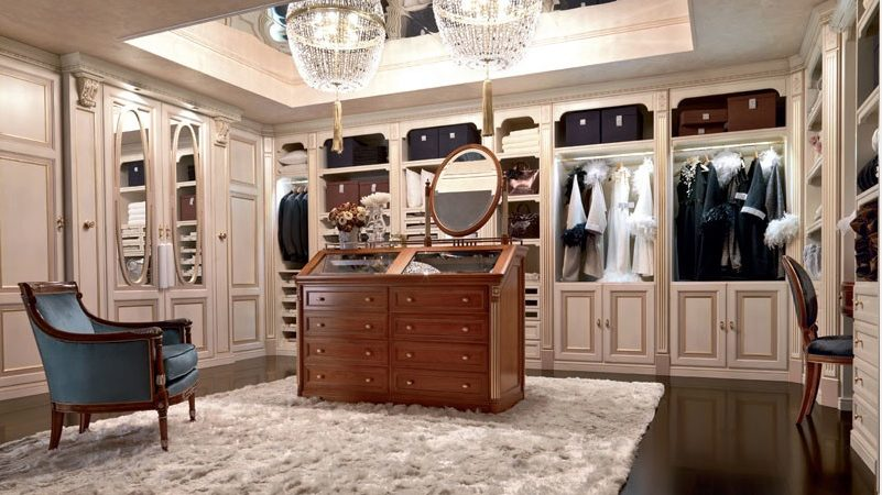 Why You Should Hire A Closet Organizer